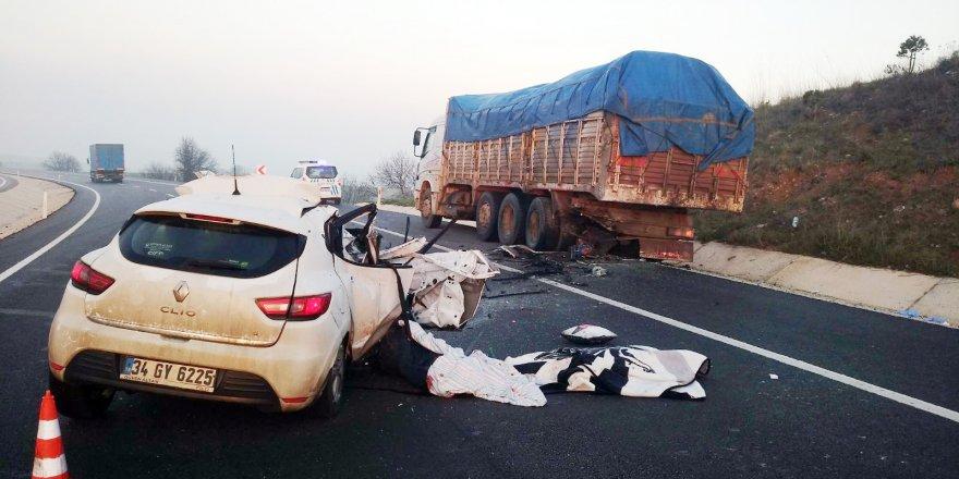 Korkunç kazada anne oğul hayatını kaybetti