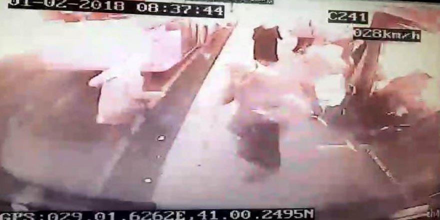 Üsküdar'daki feci kaza anı otobüs kamerasında