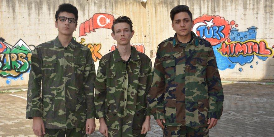 Bursalı öğrencilerden Çanakkale Şehitleri anısına rap klibi