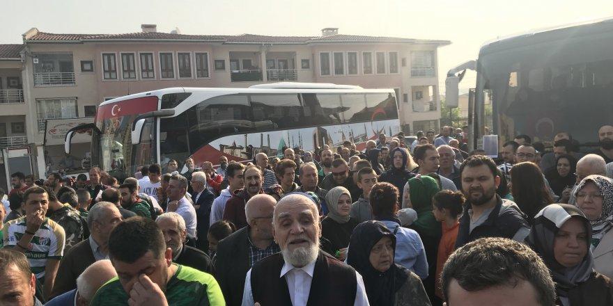 Bursaspor taraftarının umre yolculuğu başladı