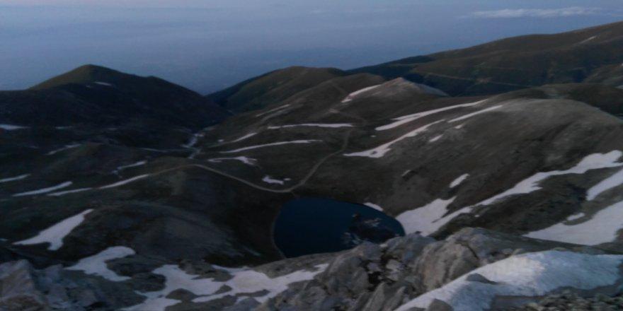Bursalı dağcılardan 2543 metrede iftar