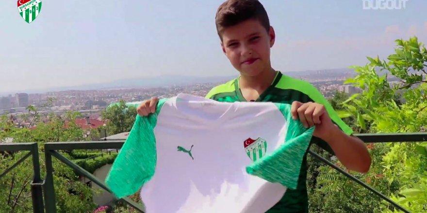 Bursaspor yeni sezon formalarını tanıttı