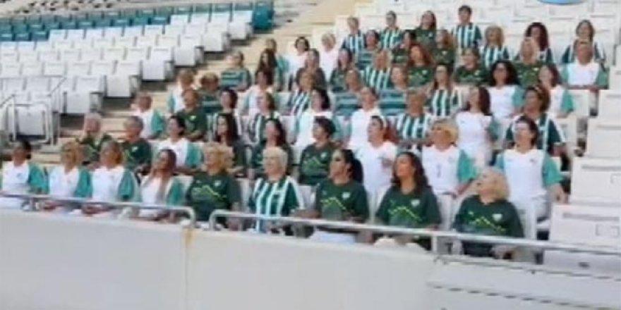 Nilüfer Kadın Korosu'ndan Bursaspor'a özel marş