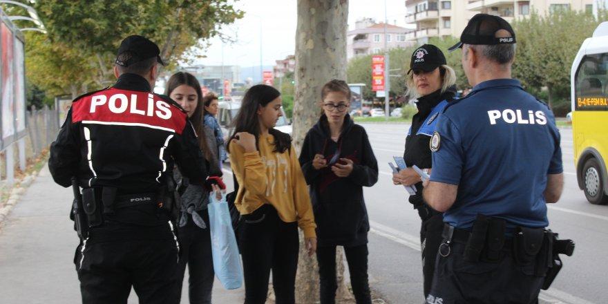 Bursa polisinden 'çocuk işçi' mesaisi