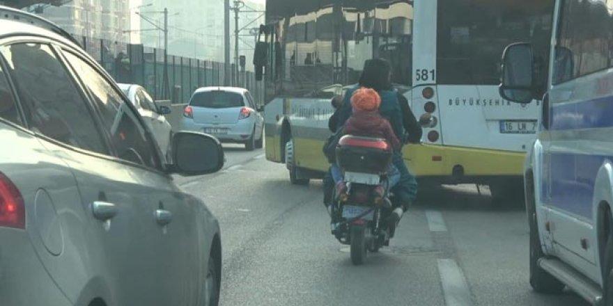 Tehlikeli yolculuk! Yürekleri ağza getirdiler