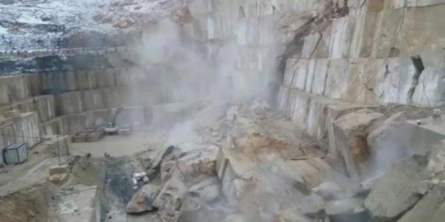 Bursa'da mermer ocağının çöküş anı kameralarda