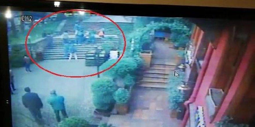 Yeşil Türbe'nin merdivenlerini çıkarken hayatını kaybetti