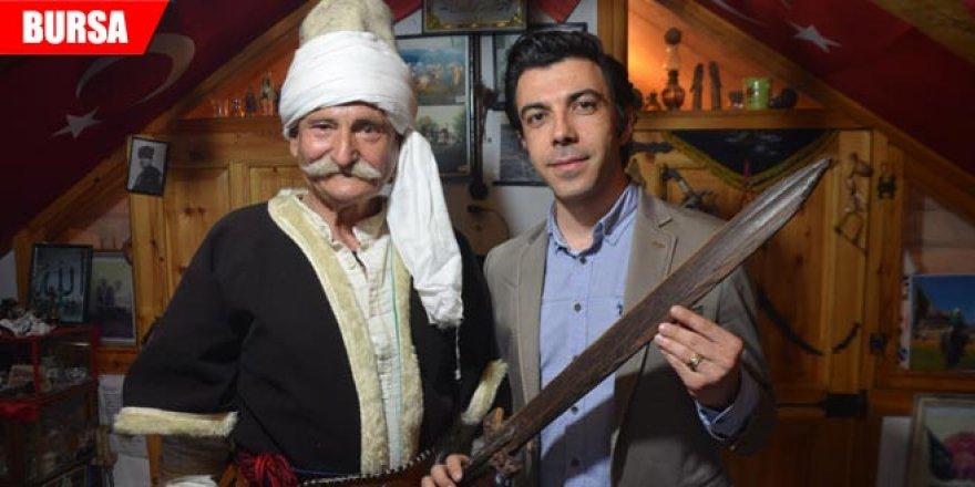 Osmanlı'da taşınan tahta kılıcın sırrı ortaya çıktı