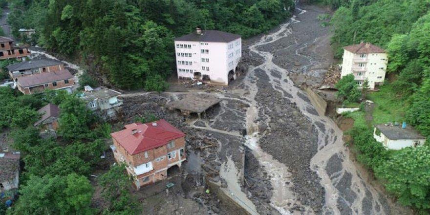 Sel felaketinin bilançosu gün ağarınca ortaya çıktı