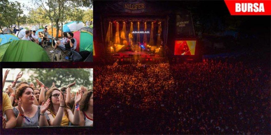 Festival başladı! Müzik tutkunları akın etti