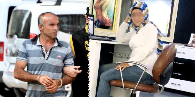 Otostop yapan kıza arabada tecavüz  Sürpriz Porno Hd Türk