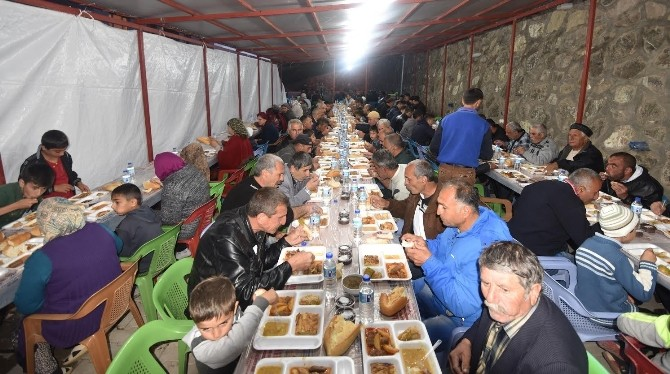Ahıska Türkleri İçin İftar Çadırı Kuruldu
