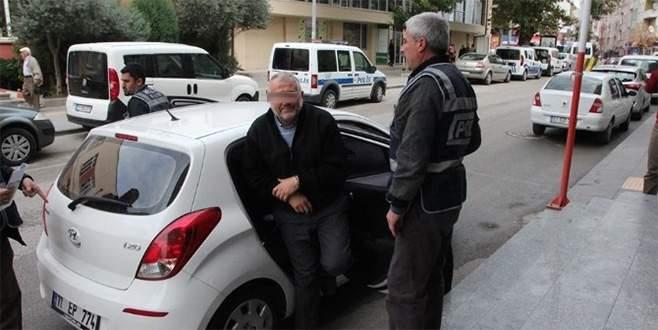 FETÖ'den gözaltına alınan 12 şüpheli adliyeye sevk ediliyor