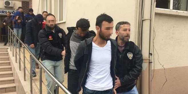 Bursa'da uyuşturucu tacirlerine operasyon: 4 gözaltı