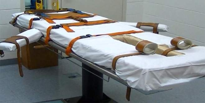 İki kişinin infazı ertelendi