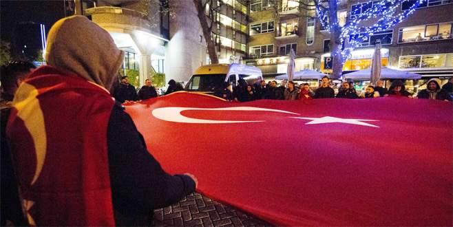 Türkler hedefte