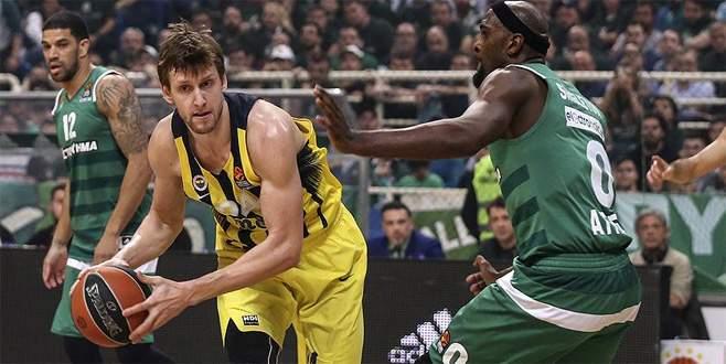 Fenerbahçe seride 1-0 öne geçti