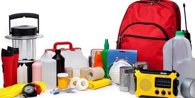Deprem çantasında bulunması gereken 18 şey