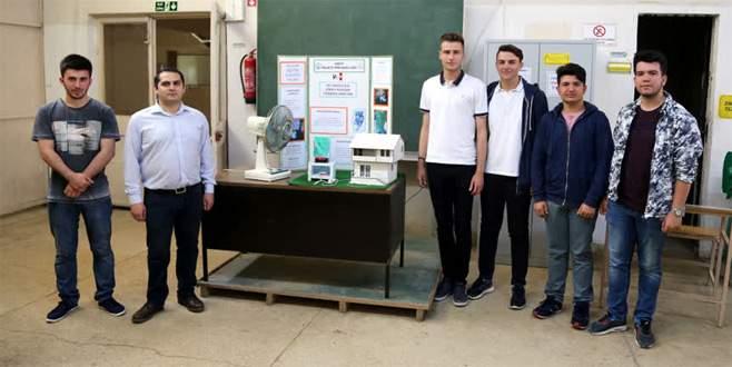 Lise öğrencileri 'dikey eksenli rüzgar türbini' tasarladı