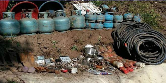 Varto'da 2 odalı PKK sığınağı ortaya çıkarıldı