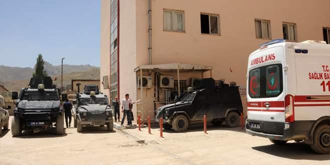 Yüksekova'da hain saldırı: 19 asker yaralı