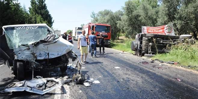 Bursa'da feci kaza: 1 ölü, 5 yaralı