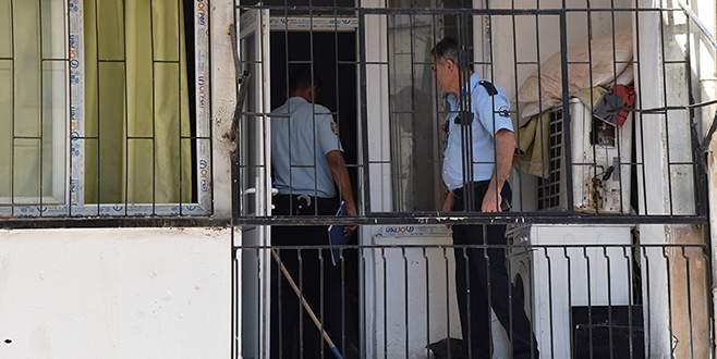 Travestinin evinde öldü, polis haberi ailesine veremedi