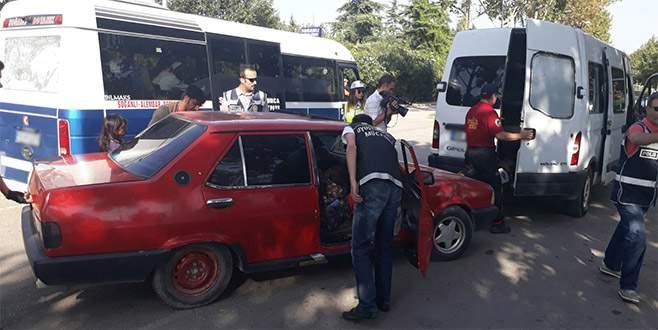 Bursa'da polis araçları didik didik arıyor!