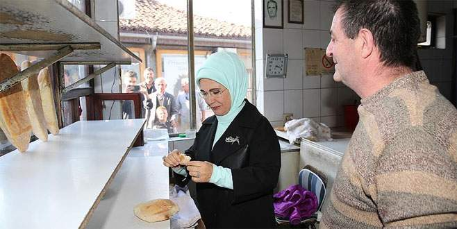 Emine Erdoğan'dan Novi Pazar'a ziyaret