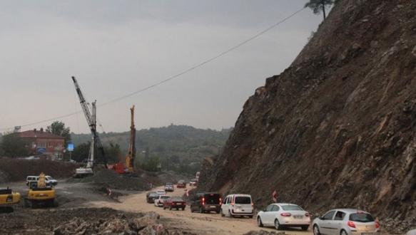 Bursa`da yağmur heyelana neden oldu
