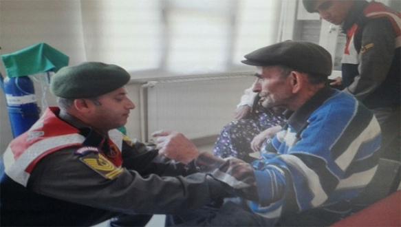 Jandarmadan yaşlı çifte müthiş yardım eli
