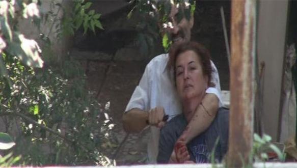 İstanbul'da rehine krizi: Boğazına bıçak dayadı