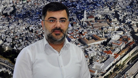 """""""İsrail`in hedefi Aksa`yı bölmek"""""""