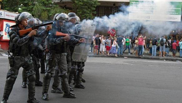 Brezilya`da polis durmadan öldürüyor