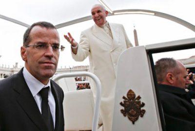 Papa Francis sıkı güvenlikten bunaldı