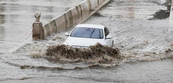 Bulgaristan'daki sel Edirne'yi tehdit ediyor