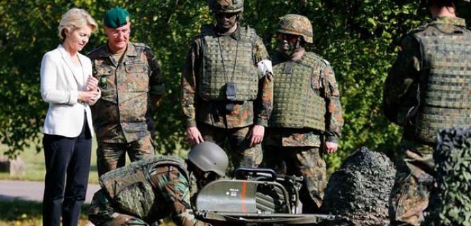 Almanya'dan Irak'a 100 muharip asker