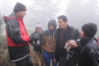 Bursa'da siste kaybolan turistleri jandarma kurtardı