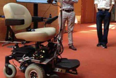 Engelliler için 'akıllı tekerlekli sandalye'
