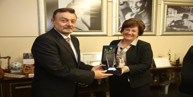 Nilüfer Belediyesi'ne geri dönüşüm ödülü