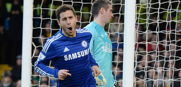Hazard 2019'a kadar Chelsea'de