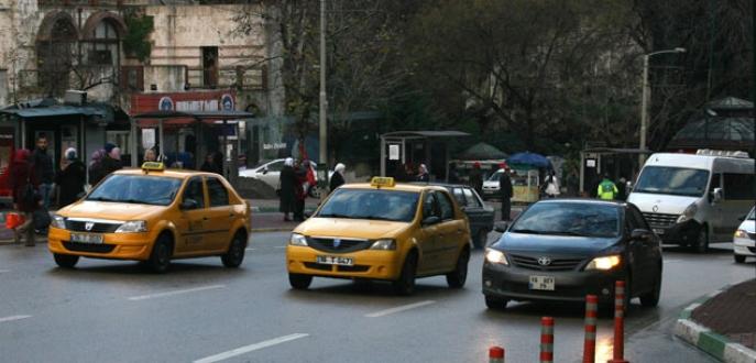 Taksiler 'Bütünşehir'i yanlış anlayınca şehir merkezi taksi dolu