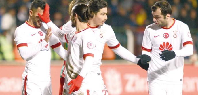 Galatasaray Diyarbakır'da farklı galip