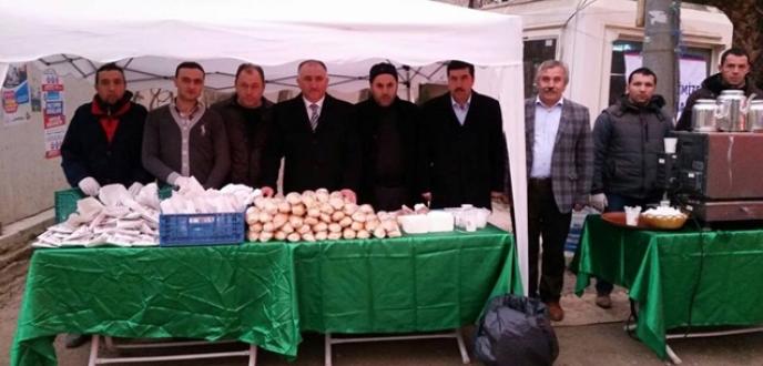 Orhangazi Belediyesi'nden işçilere kahvaltı