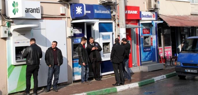 Bu evlerin her odasında bir banka ATM'si kiracı