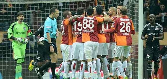 Beşiktaş iç sahada kötü, Galatasaray deplasmanda iyi