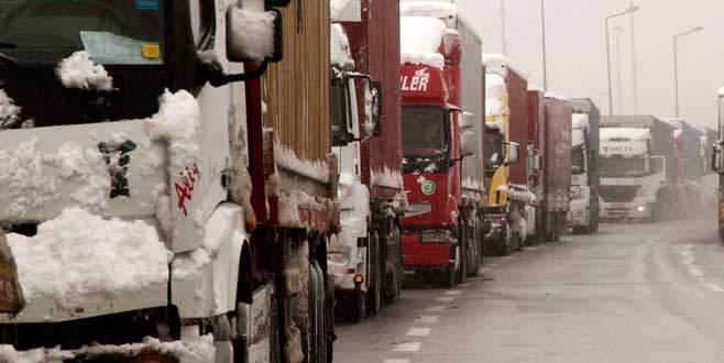Bursa'da TIR ve kamyonlara iki gün yasak