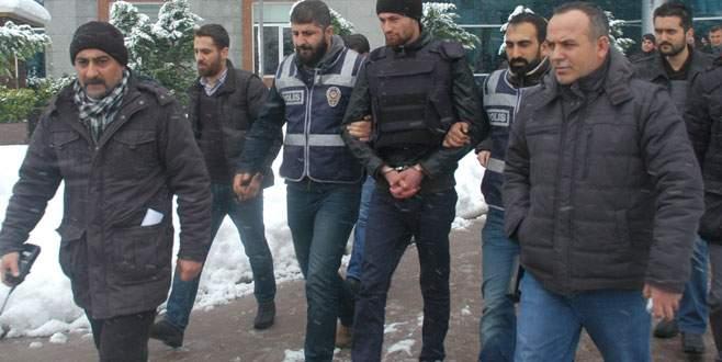Kalaşnikoflu saldırıya tutuklama