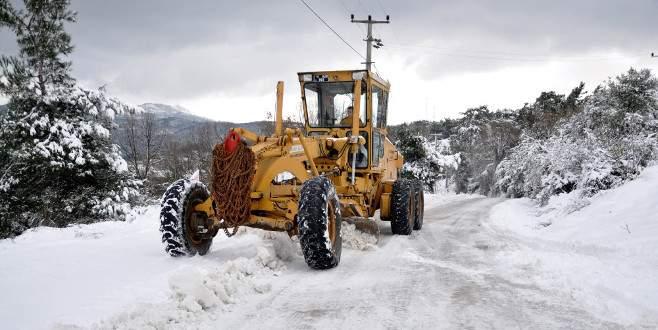 Mudanya'da karla mücadele