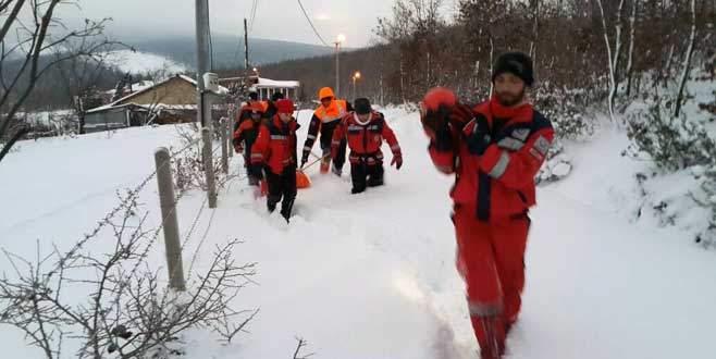 Bir metre karda hayata dönüş operasyonu!